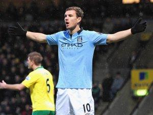 Edin-Dzeko-Norwich-Manchester-City-Premier-Le_2879451