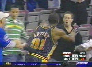 ron-artest-brawl1